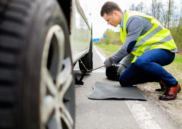 Roadside Assistance and Breakdown Service Options